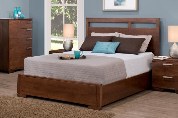 Cordova Bed with Low Footboard (Queen)
