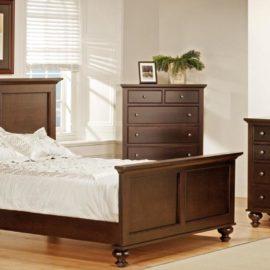 Georgetown Bedroom Set with Turned Legs (Queen)
