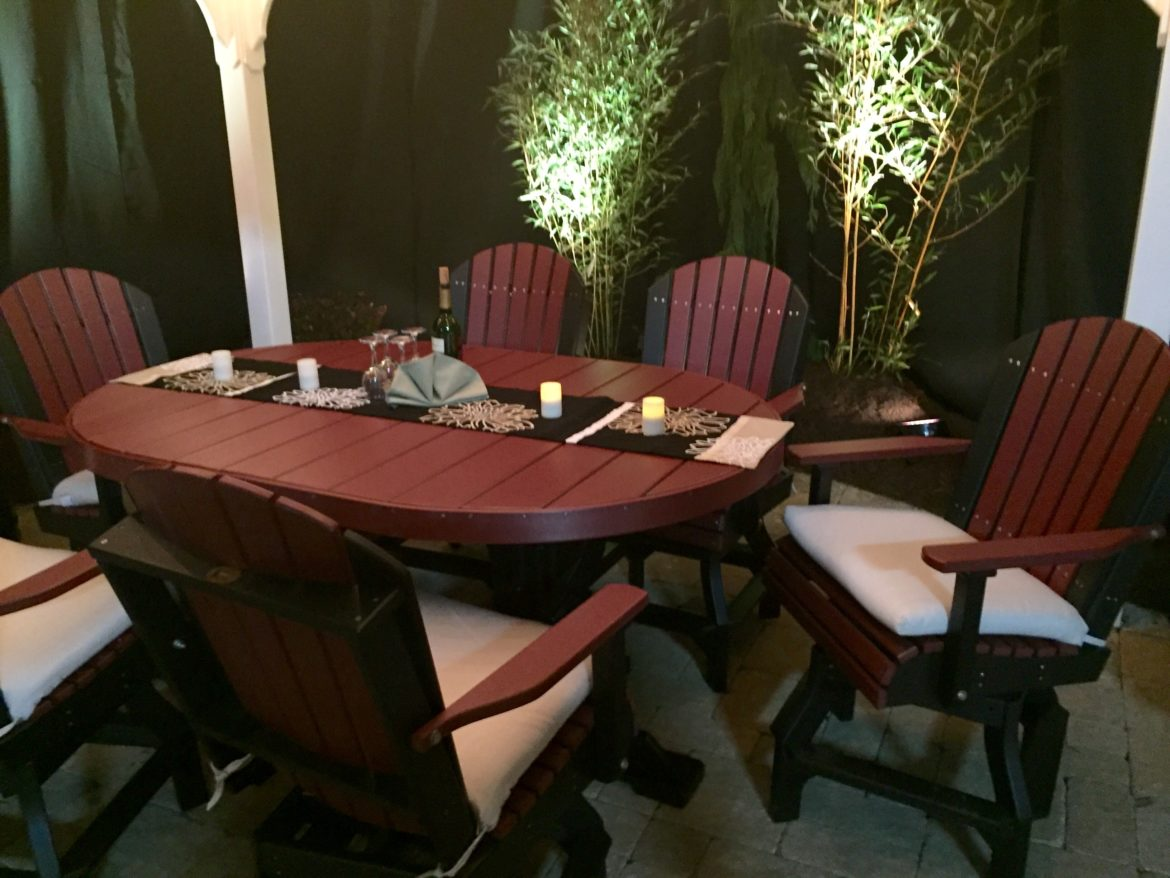 Oval Dining Set with Adirondack Swivel Chairs in Cherry & Black