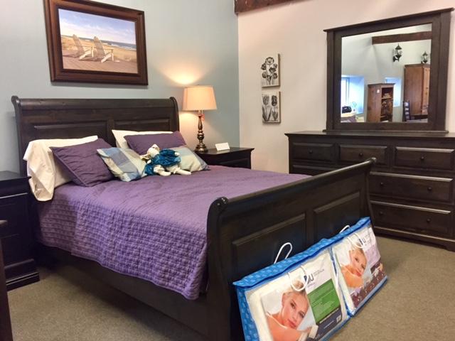 Thomas Sleigh Bed Set (Queen)