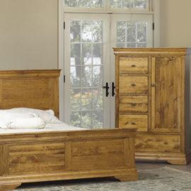 Louis Rustique Bedroom Set (Queen)