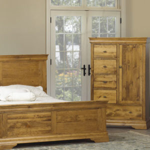 Louis Rustique Bedroom Set (Queen)