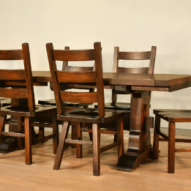 Clock Maker Dining Set