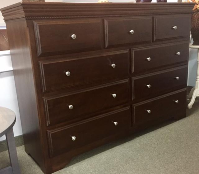 Henley Mule Dresser